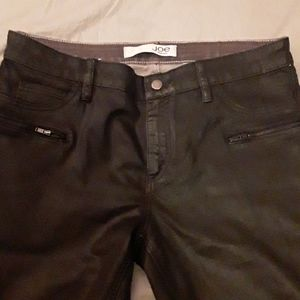 EUC black 'waxed' skinnies with zip detail